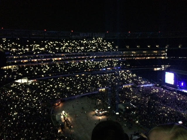 The crowd with their Lit up phones