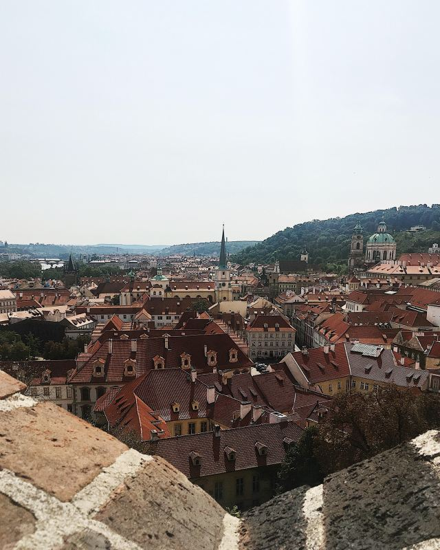 prague_castle_view